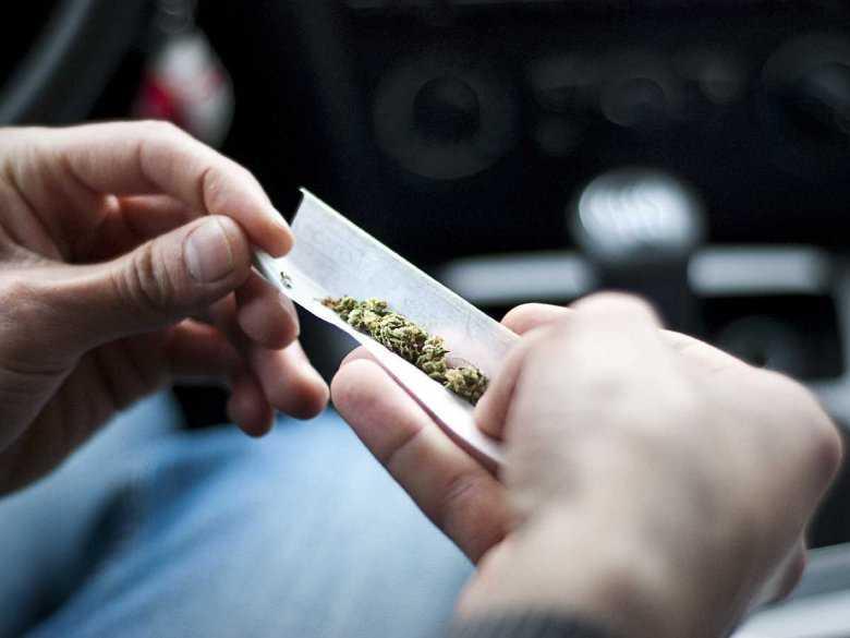 fazy-uzaleznienia-od-narkotykow-etapy-narkomanii